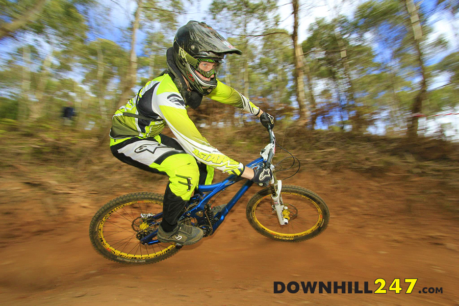 There were some familiar races back from races we have seen across Oz, here is Henry Blake repping in SA.
