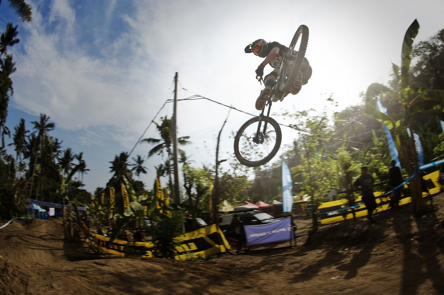 November saw us head to Bali for one of the best races of the year, the Asia Pacific Downhill Challenge.