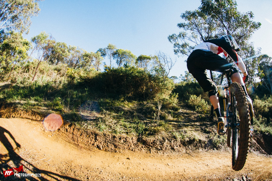 Fox Creek Long was host of Round 4 of the Inside Line South Australian State Series. It did involve sideways action of the good kind!