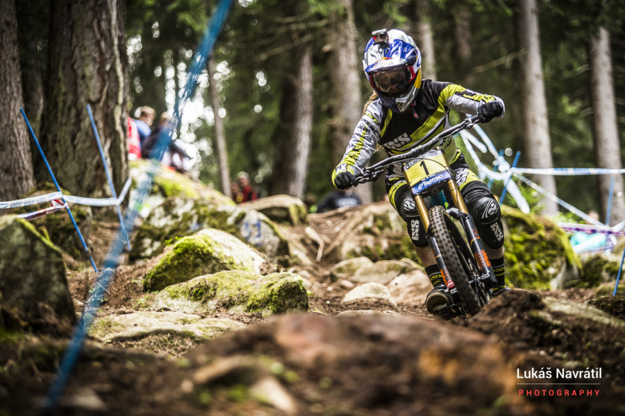 Rachel Atherton showed to be the class act of 2015 in a league of her own.