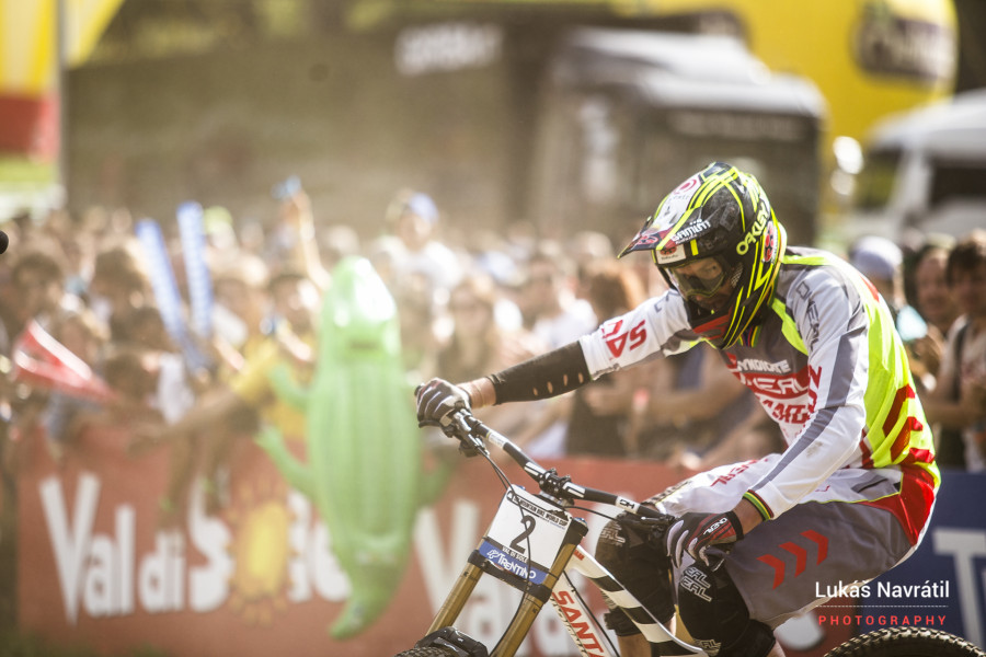 You don't often see Greg Minnaar crash, especially in a race run.
