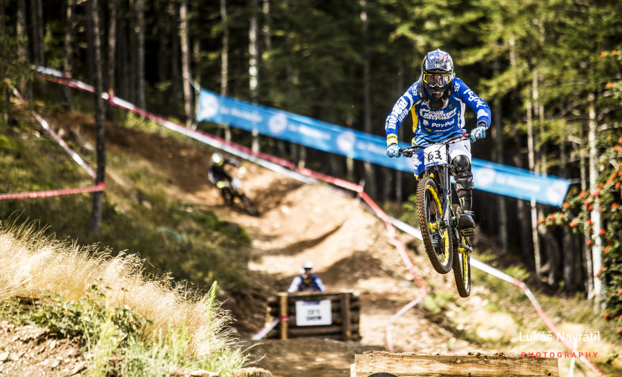 Sam Hill crashed in his race run, the same spot caught out many a rider.