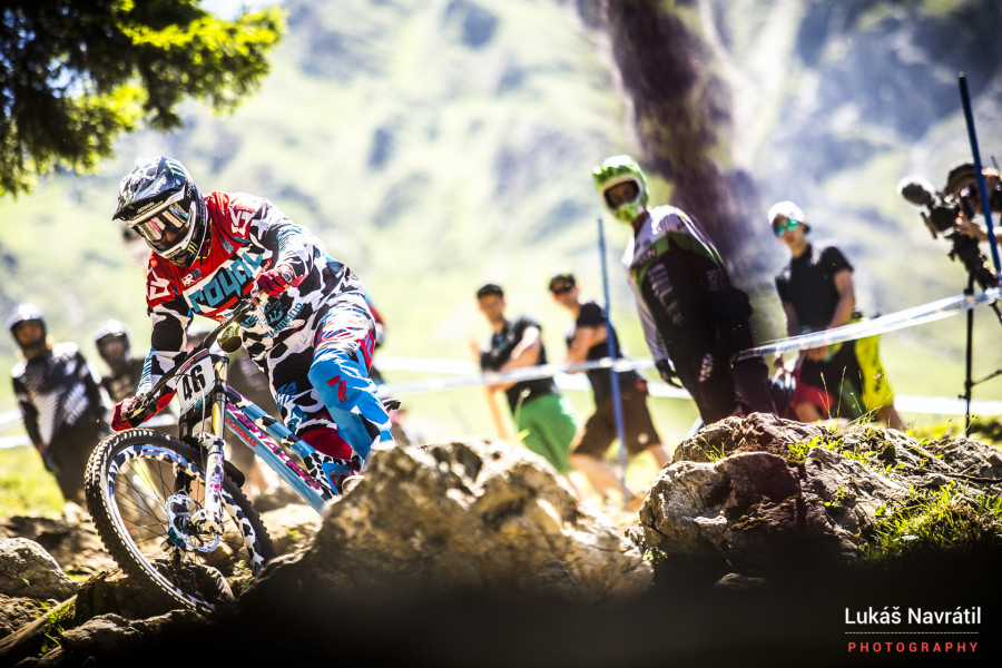 Steve Peat and that paint job...